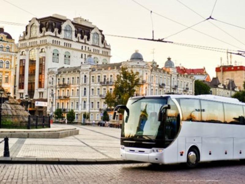 Bus privati e turistici: indennizzi nel nuovo decreto Ristori bis