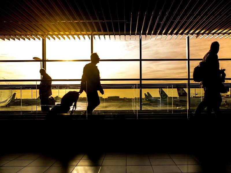 Servizio Business Trasfer con Autista per aziende | Travel & Service