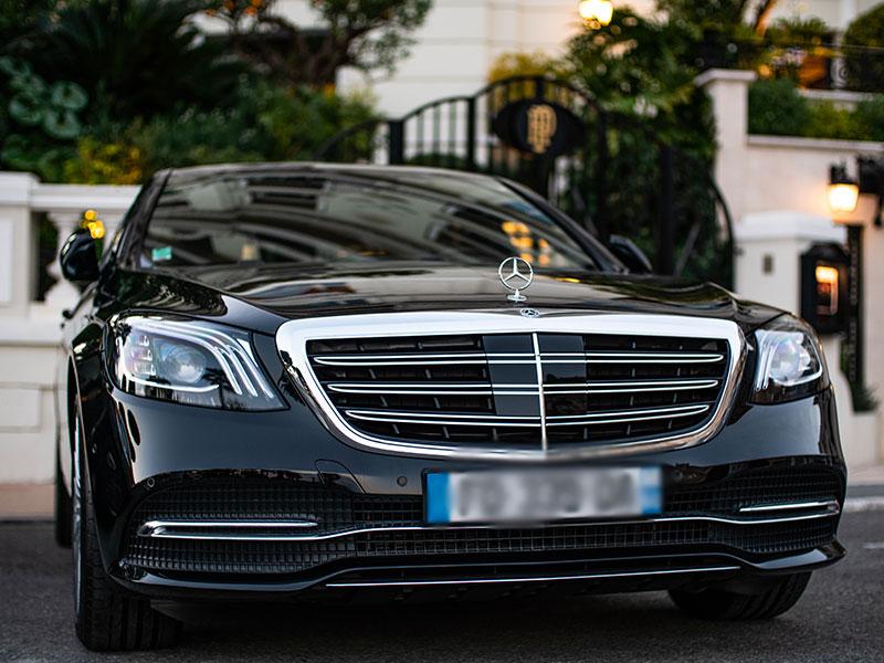 Auto-e-van-luxury-mercedes-Travel-and-Service