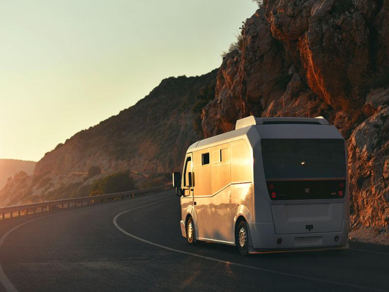 Itinerari-brevi-e-lunga-durata-tramonto-Traverl-and-Service