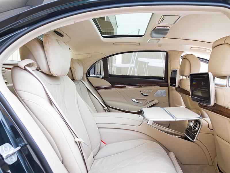 Auto-e-van-luxury-interno-Travel-and-Service