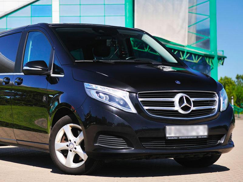 Auto-Minivan-NCC-con-conducente-Traverl-and-Service