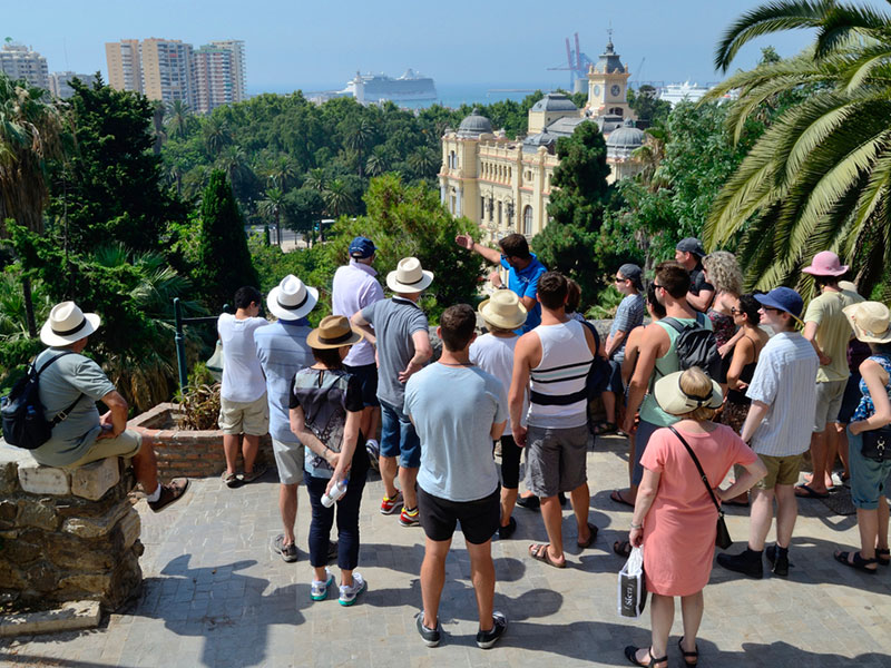 Guide-turistiche-e-tour-Gruppo-Traverl-and-Service