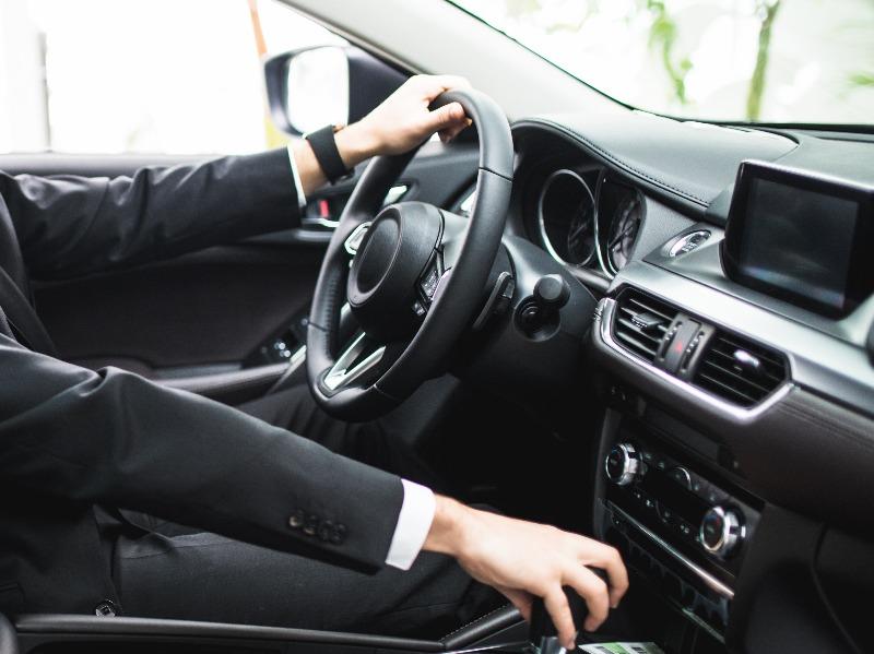 Auto Noleggio con Conducente (NCC) preventivo online | Travel&Service