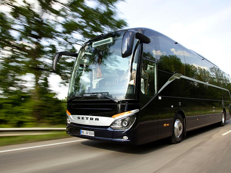 Noleggio pullman 50-54 posti Setra- Travel & Service