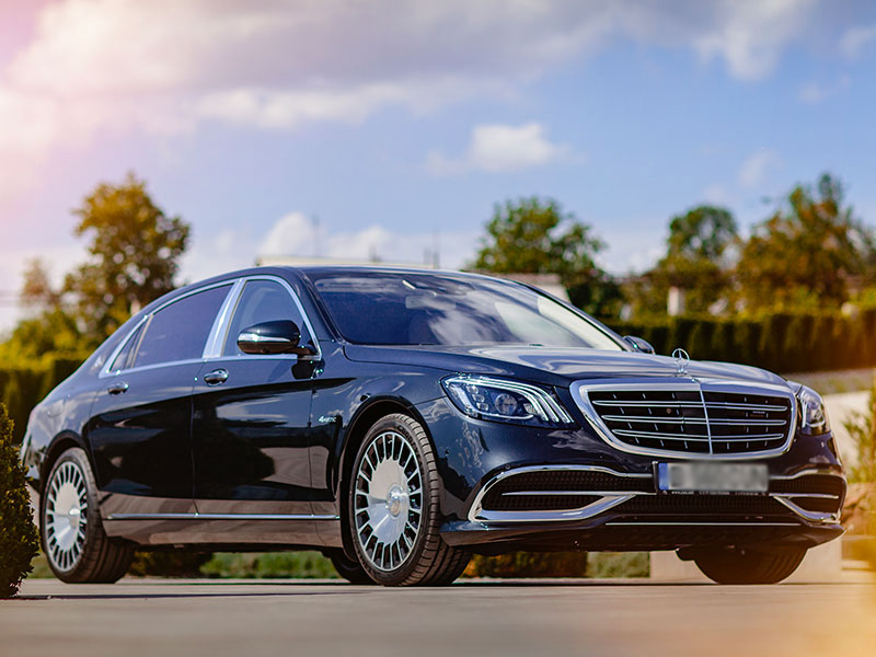 Auto luxury Mercedes Classe E - Travel and Service