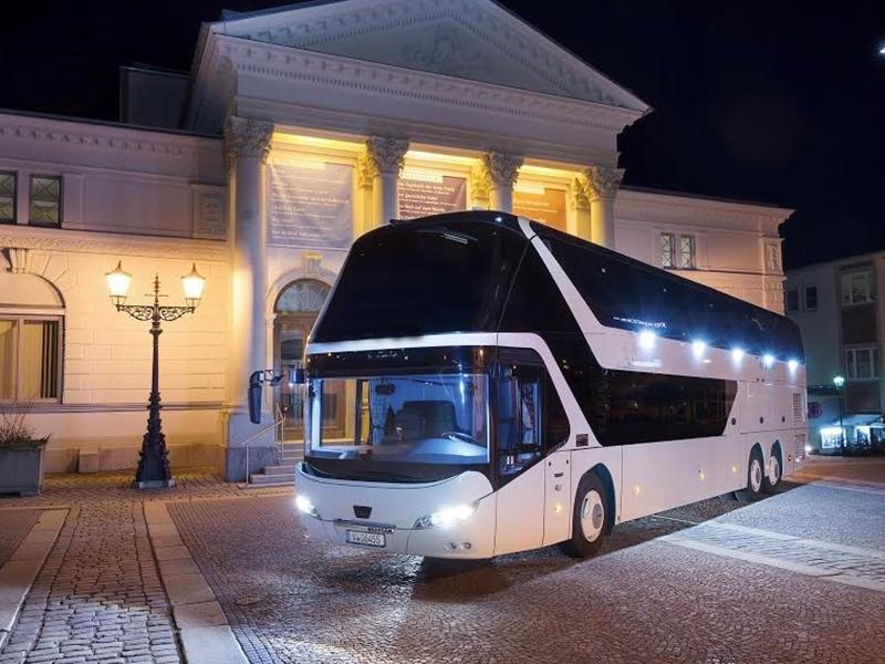 Noleggio PULLMAN doppio 94 posti Hotel- Travel & Service