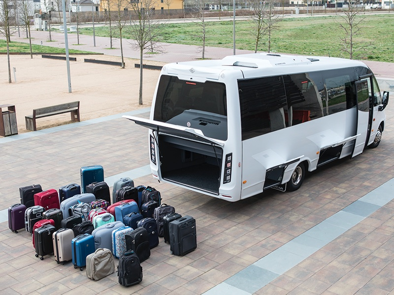 Noleggio minibus 31 valigie Travel And Service