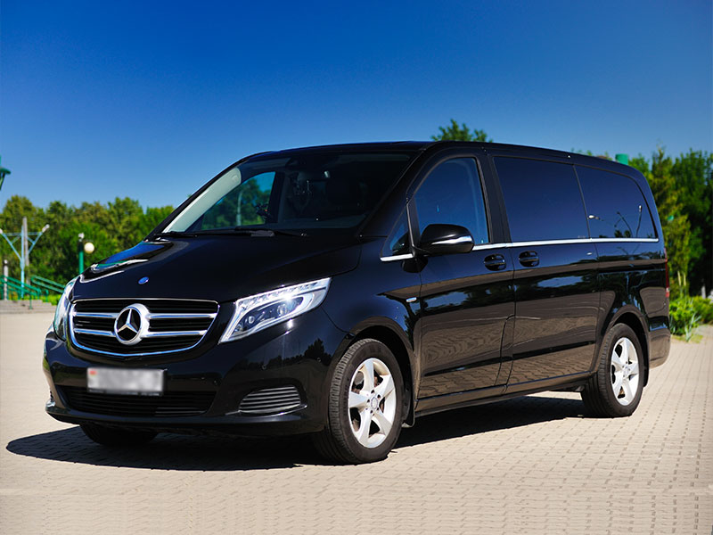 Minivan 6-8 posti Mercedes Classe V- Travel and Service