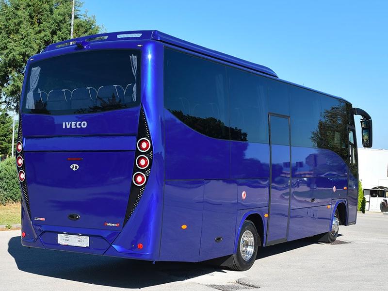 Noleggio minibus 31 blu Travel And Service